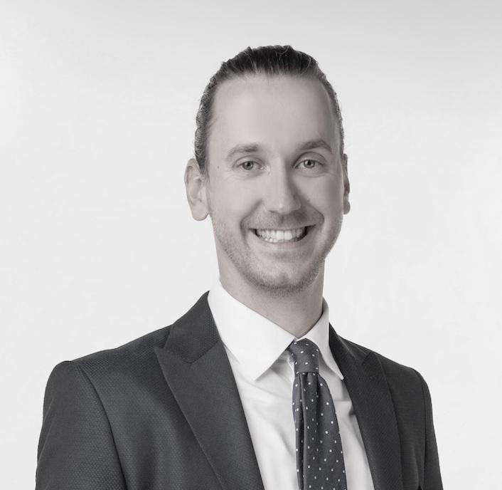Dr. Florian Kaiser Coach
